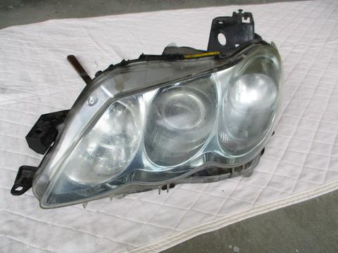 トヨタ マークX 整備とヘッドライト黄ばみ